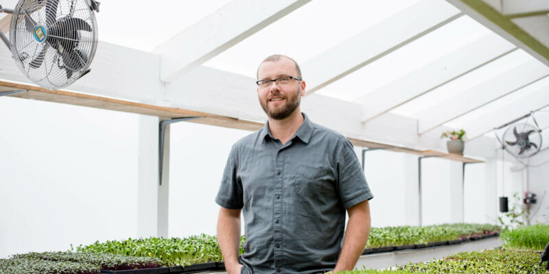 urban-farmer-microgreens-main